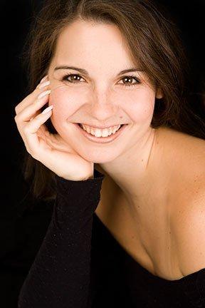 Mélanie Martin (Directrice artistique, professeure diplômée)